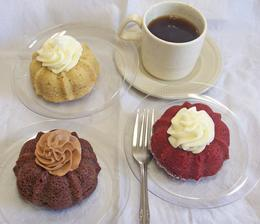 Mini Bundt Cakes with Dollop of Icing